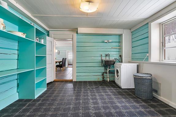 Hus 1 - Vaskerom mellom kjøkken og hall