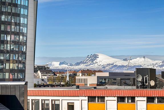 Sjekk utsikten fra leiligheten