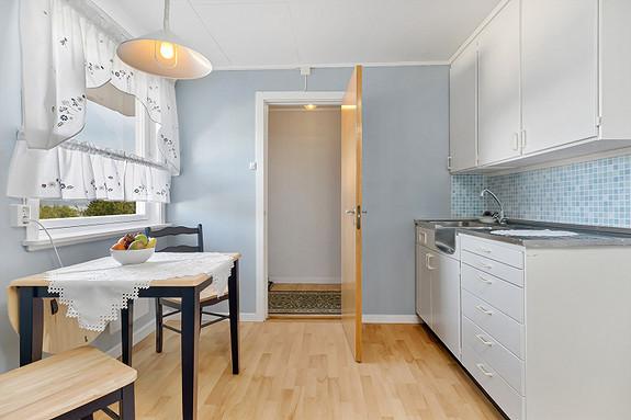 Underetasje - Hybel - Kjøkken