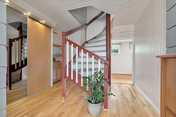 2. etasje - Trapp til loft