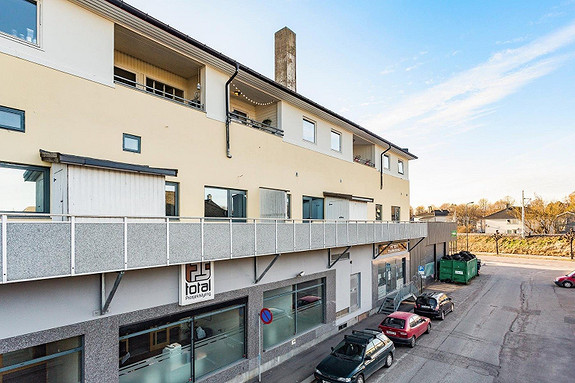 Romslig leilighet med 1 soverom, balkong og heis midt i Tønsberg sentrum.