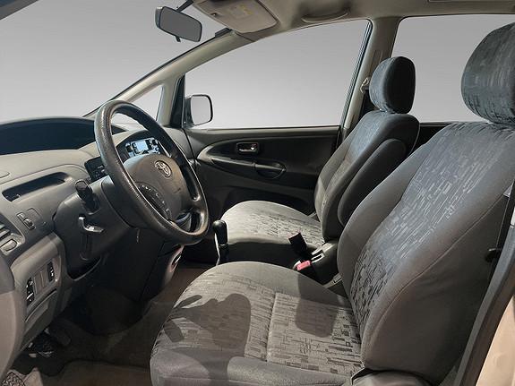 Bilbilde: Toyota Previa